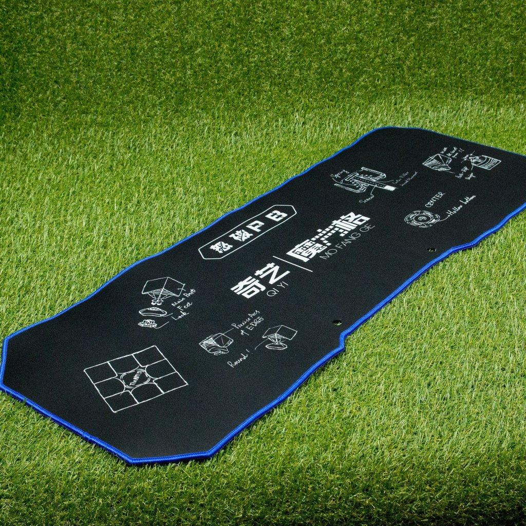 QiYi - velká podložka na speedcubing