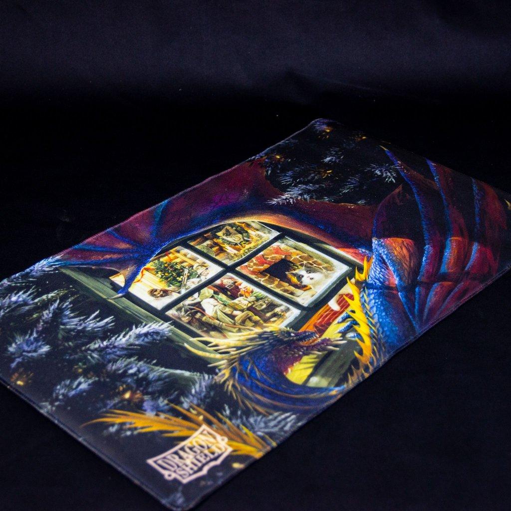 MTG podložka - playmat Christmas Dragon (Dragon Shield)