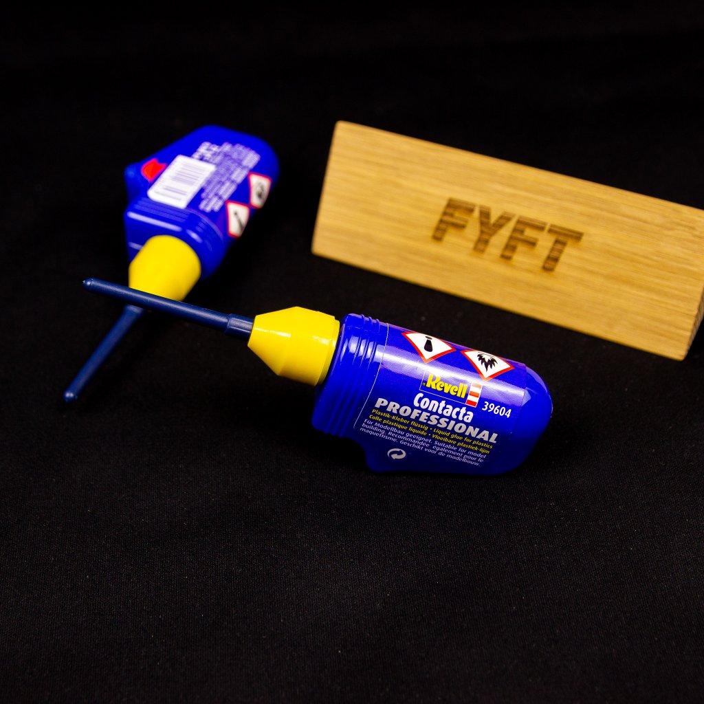 Revell - Contacta Professional (lepidlo na plastikové modely)
