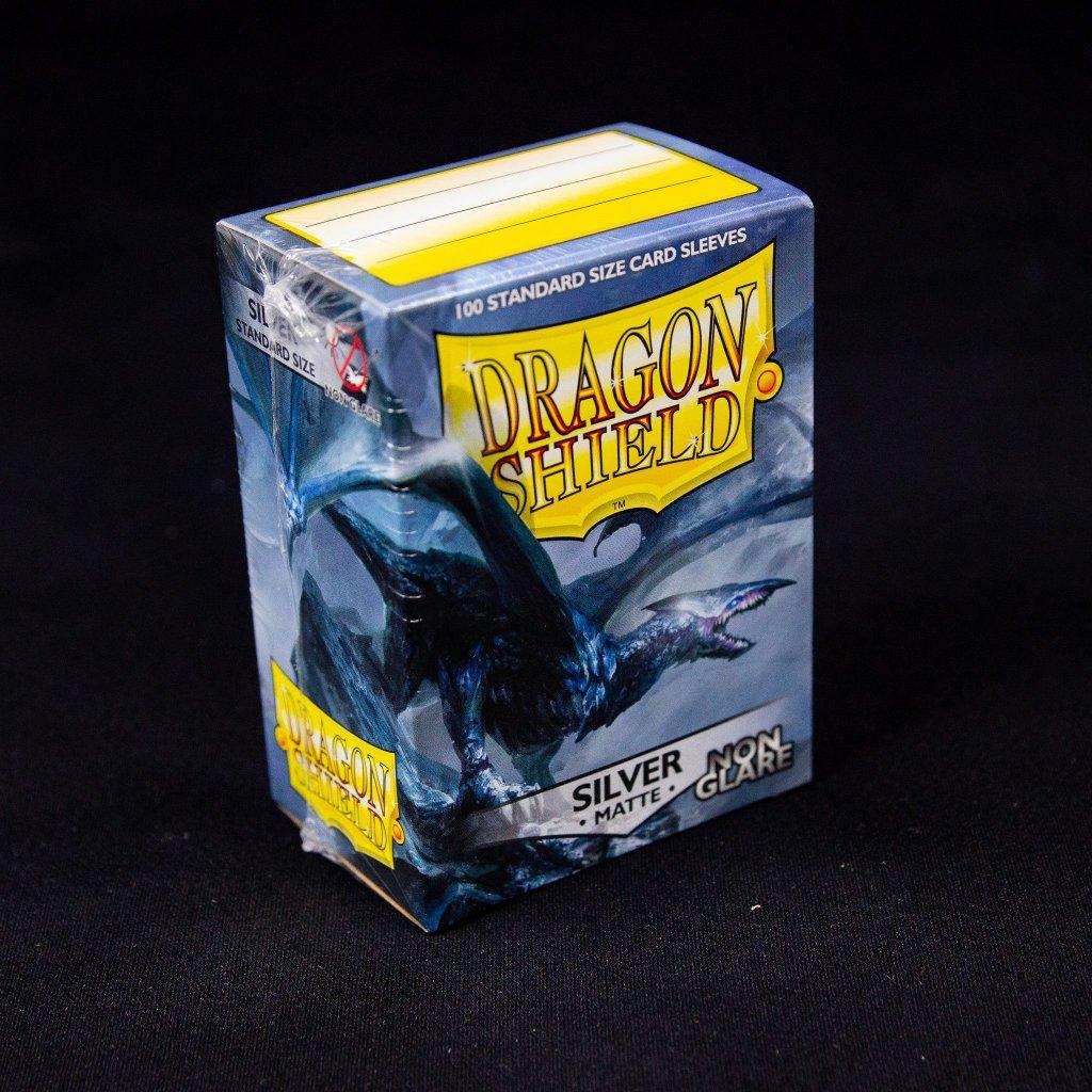 Obaly na karty Dragon Shield - Silver matte NON-GLARE (100 ks)