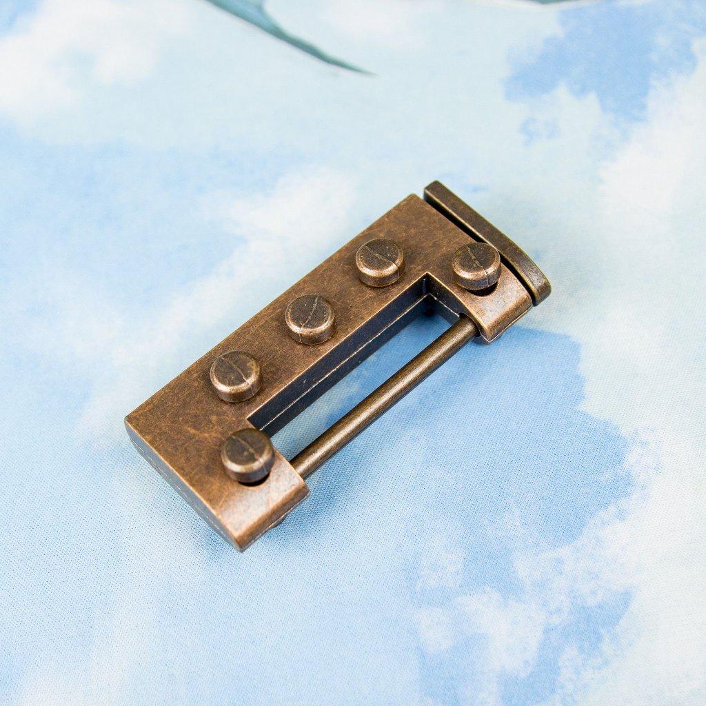 Love key hlavolam (klíč a zámek)