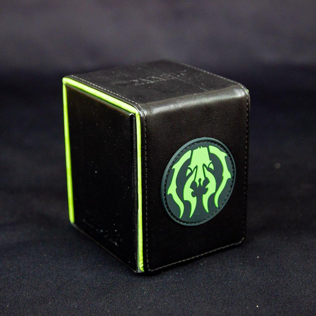 Alcove Flip Box: Golgari - krabička na 100 karet (Ultra Pro)