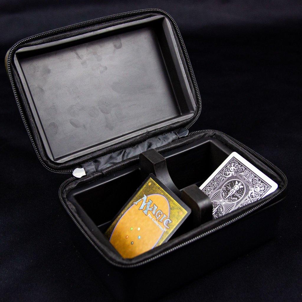 GT Luggage Deck Box - černý (Ultra Pro)