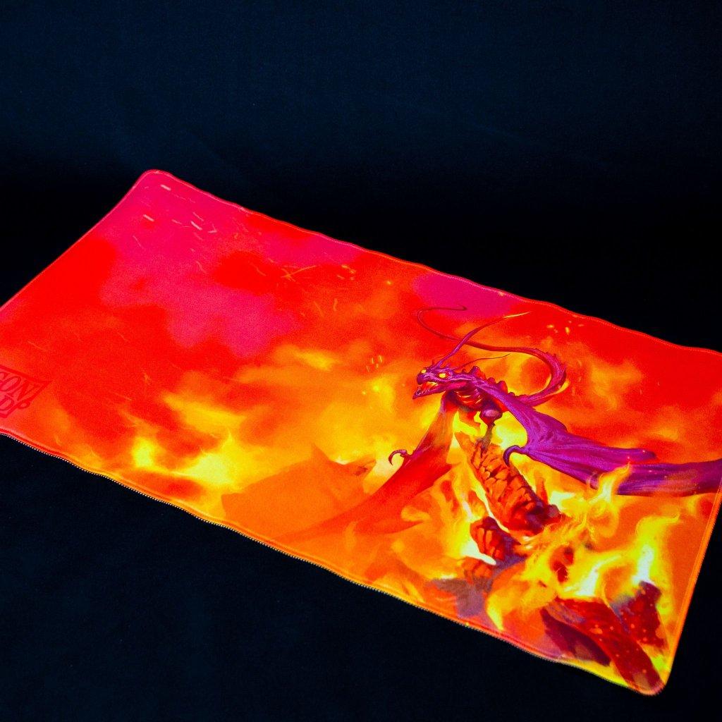 MTG podložka - playmat Usaqin the One Who (Dragon Shield)