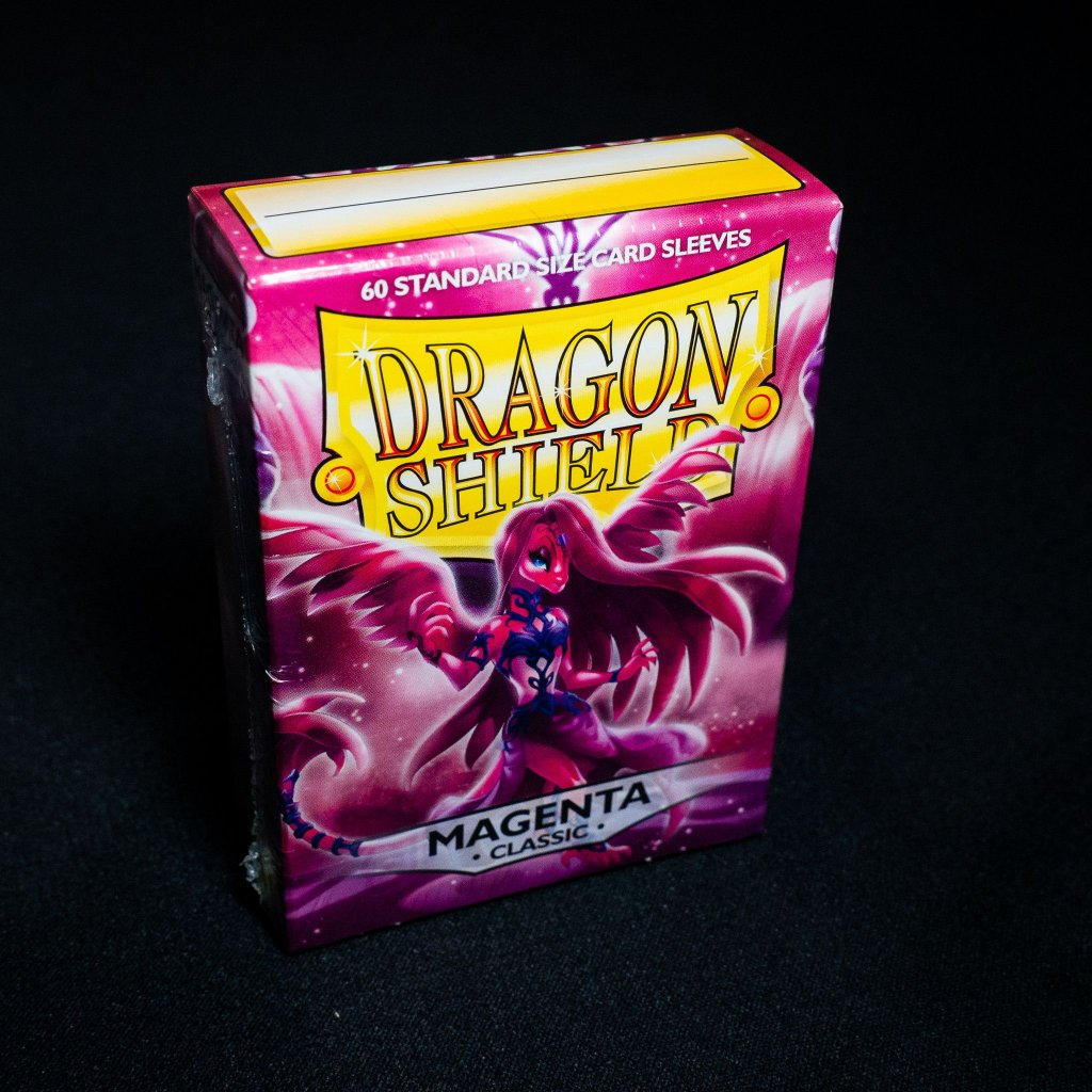 Obaly na karty Dragon Shield - MAGENTA classic (60 ks)