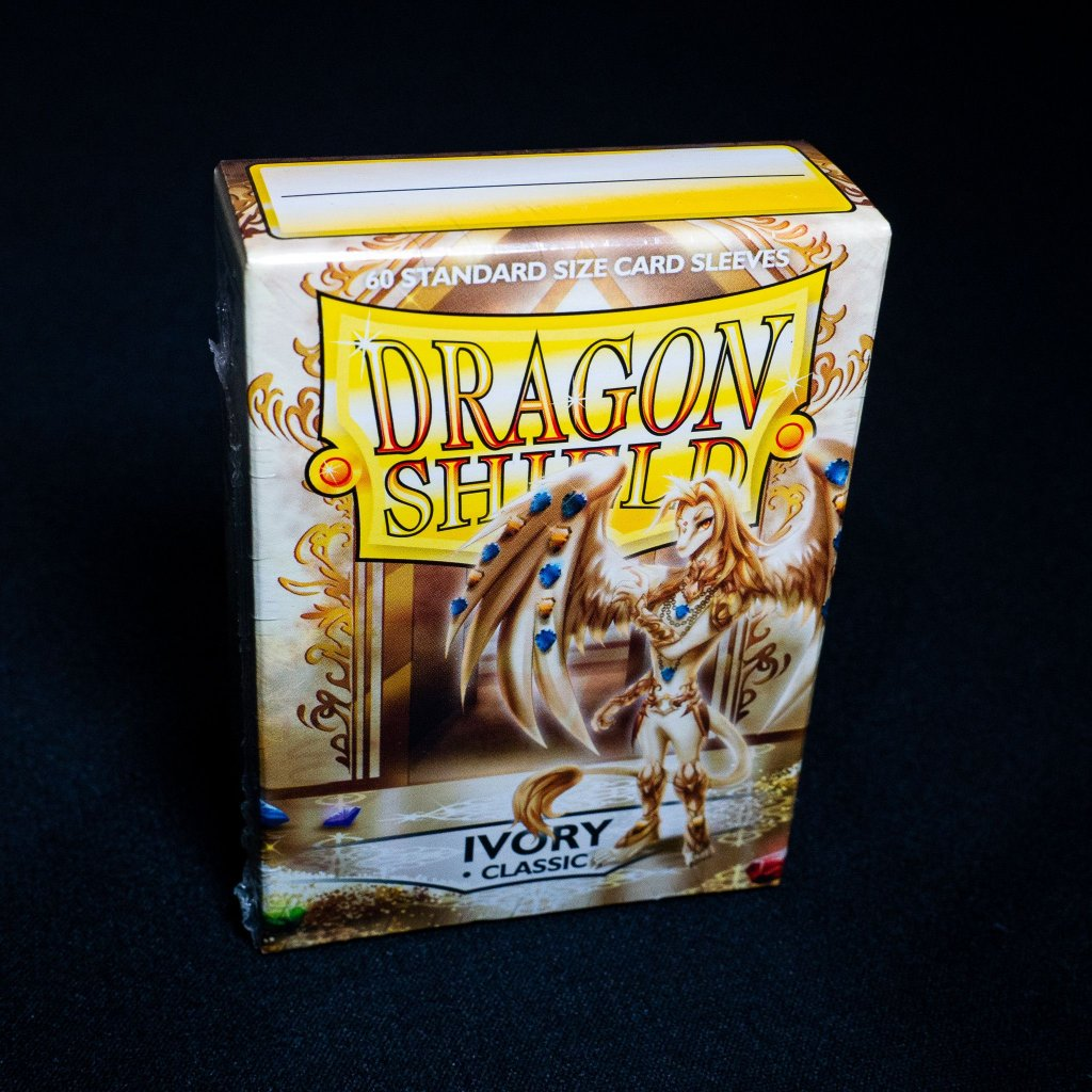 Obaly na karty Dragon Shield - IVORY classic (60 ks)