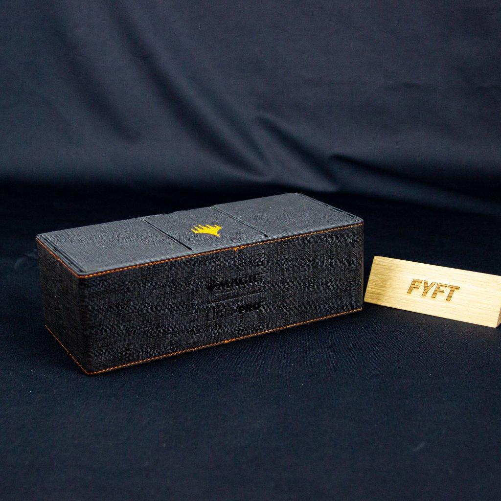 MTG Alcove Vault Deck Box - Mythic Edition (Ultra Pro)