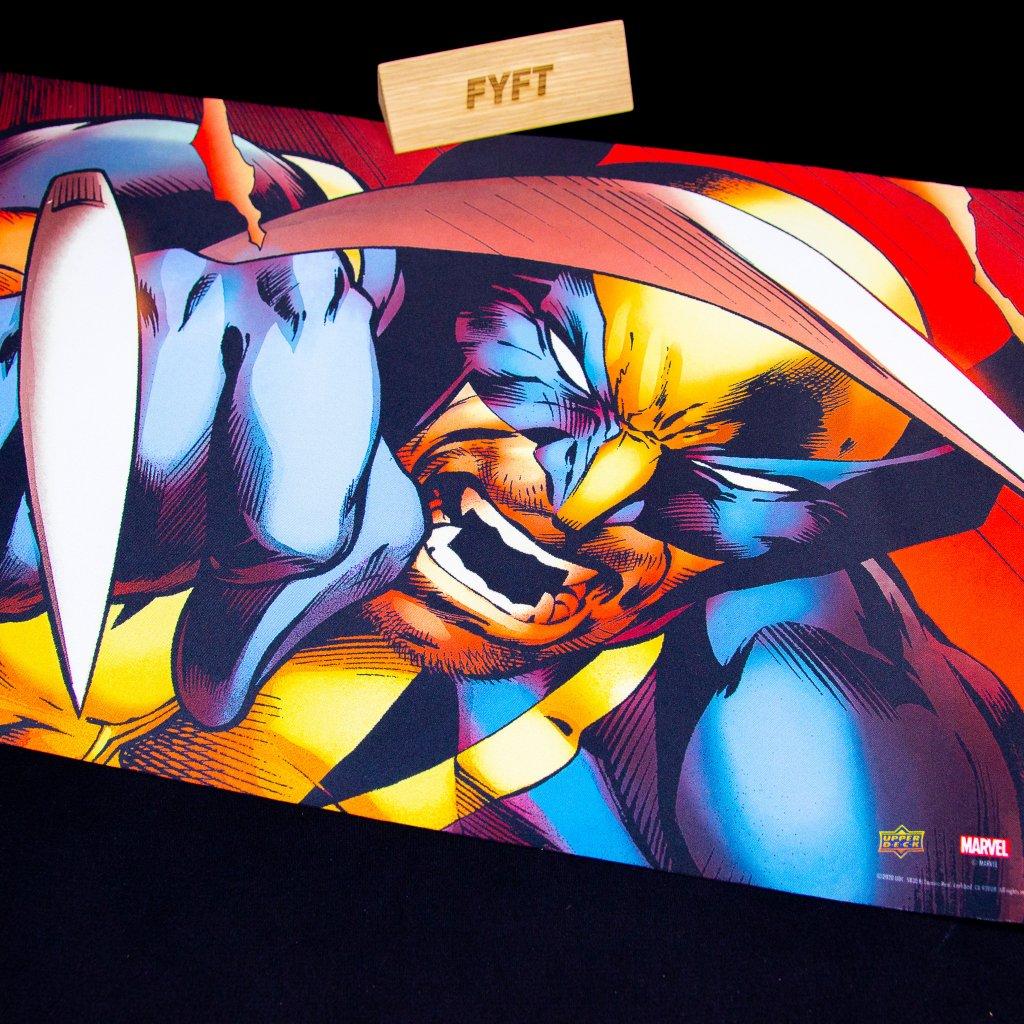 Podložka Marvel: Wolverine Card Playmat (Upper Deck)