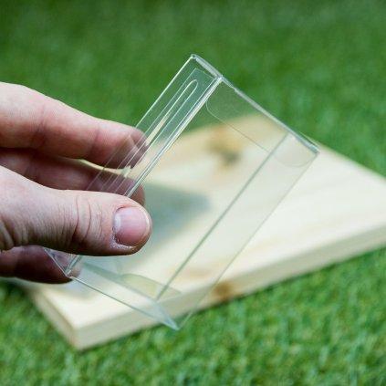 Plastové průhledné pouzdro na karty