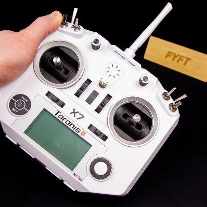 Taranis Q X7 Access (FrSky) - vysílačka na drona