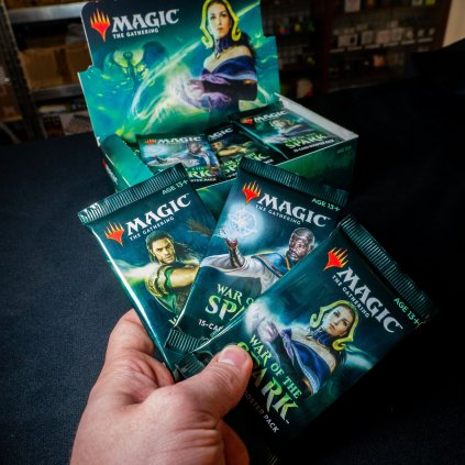 War of the Spark MTG booster (Magic: The Gathering)