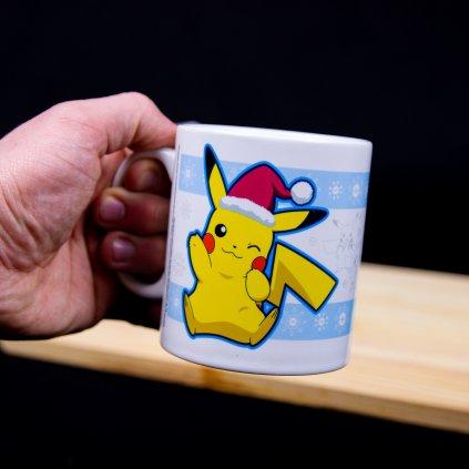 Hrnek Pokemon Pikachu Santa Christmas (GBeye)