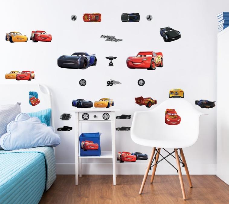 Nálepky na stenu pre deti vás dostanú do ríše fantázie