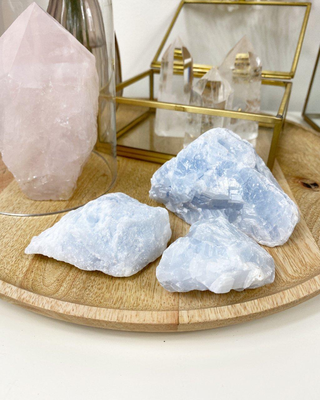 Modrý kalcit surový minerál velký