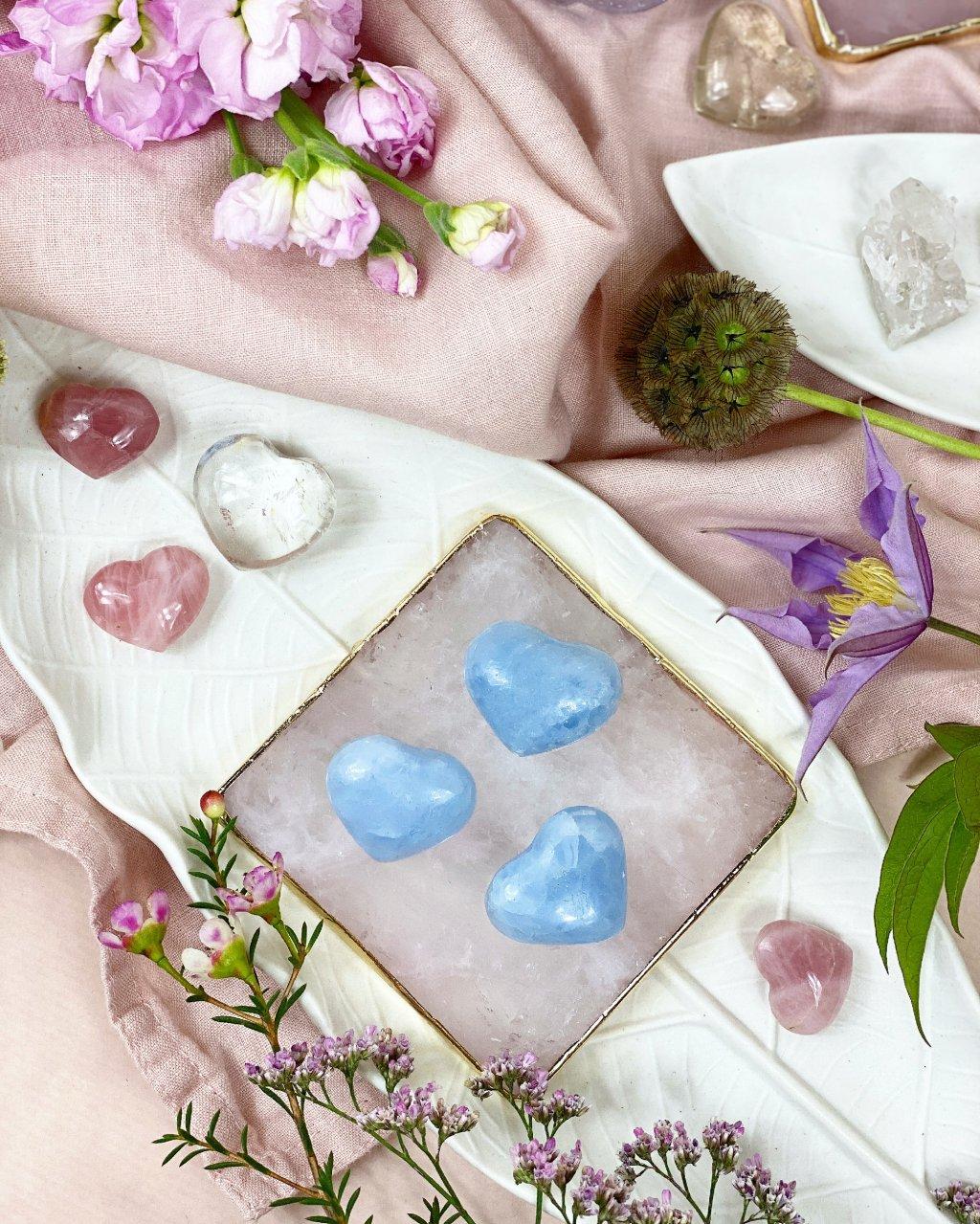 Modrý kalcit broušené srdce