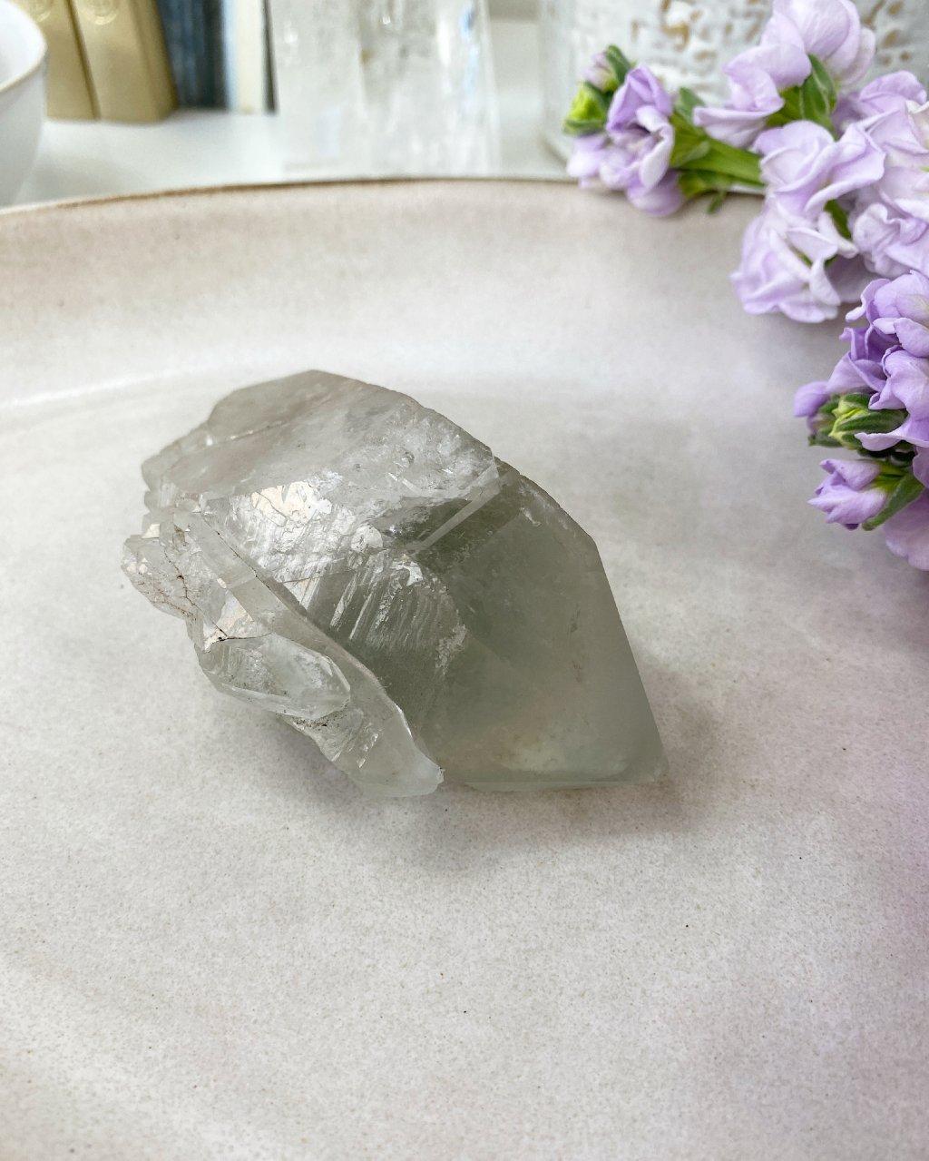 Křišťál krystal surový Tibet AAA