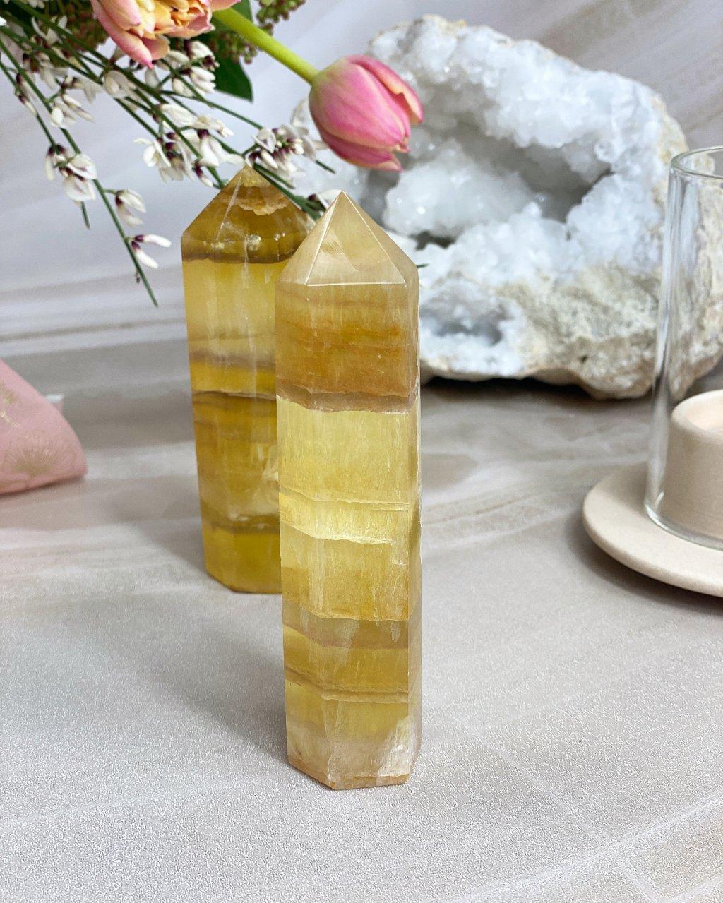 Fluorit hrot obelisk leštěný žlutý TOP kvalita 12cm