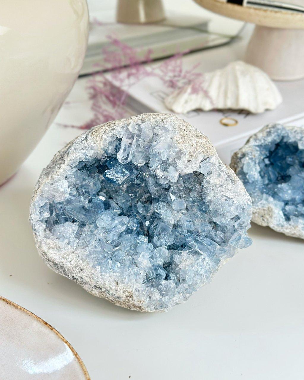 Kámen minerál celestýn Madagaskar