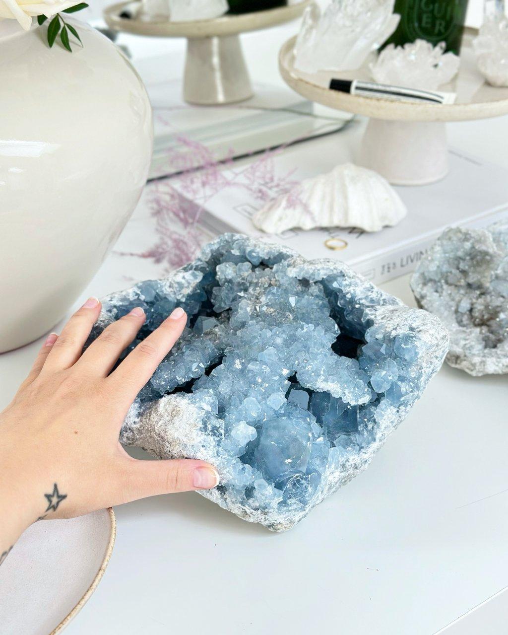 Luxusní drůza celestin Madagaskar 7,7kg