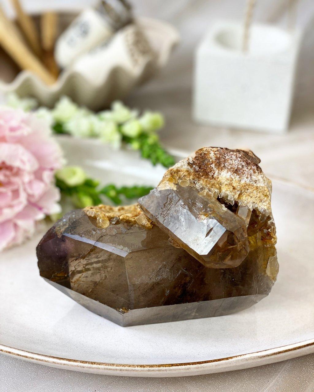 Luxusní krystal srostlice záhněda a sagenit Brazílie 372g