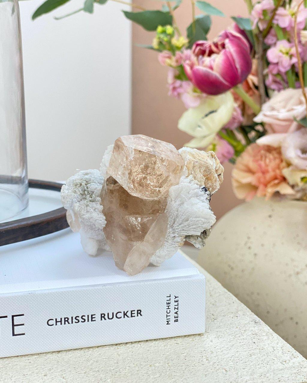 Luxusní Topaz champagne krystal Pákistán 55g