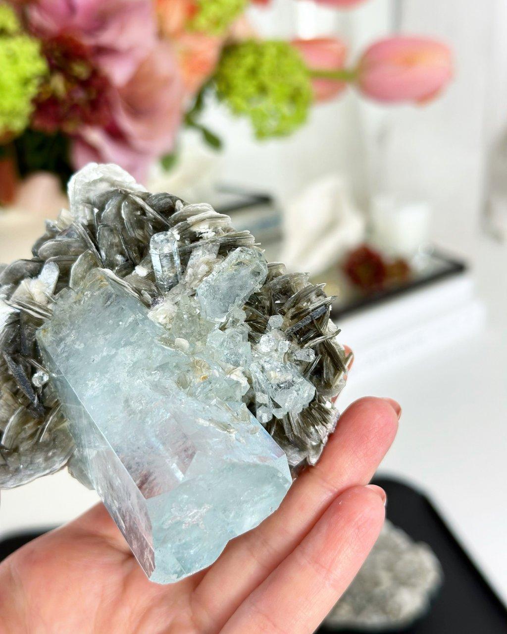 Luxusní akvamarín surový čirý krystal AAA Pákistán 163g TOP