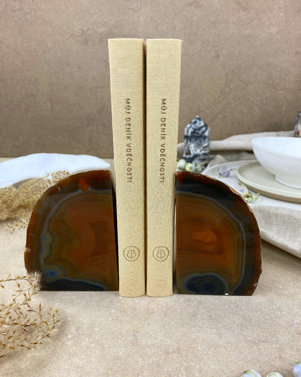 Achátová knižní zarážka hnědá 1,7kg Brazílie