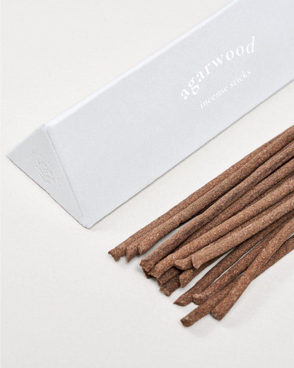 Agarwood - vonné tyčinky