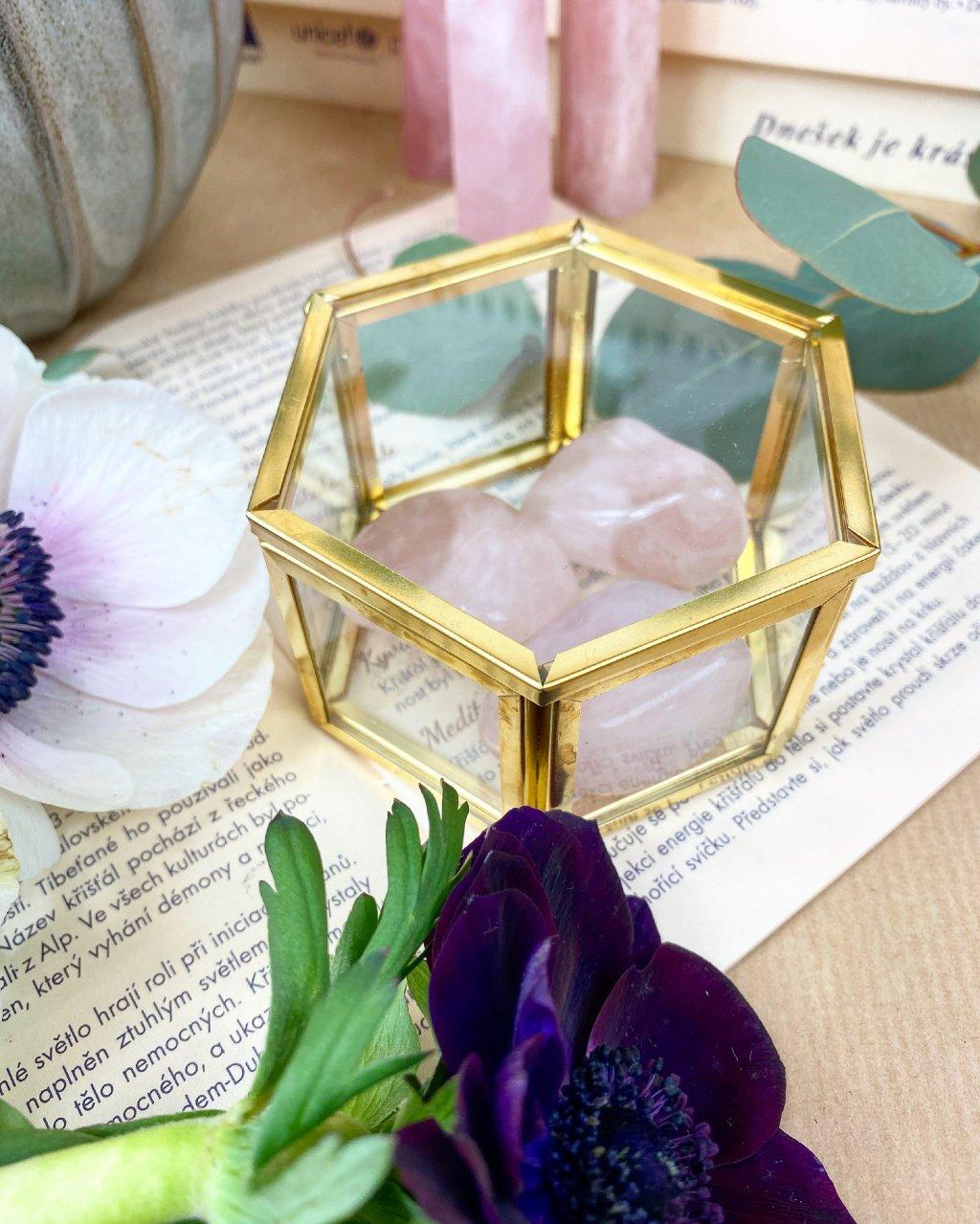 Skleněné terárium krabička se zlatým detailem šestistěn