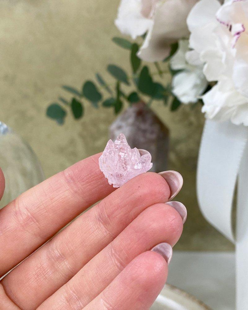 Růženín vzácné krystaly sbírkové Brazílie 2g