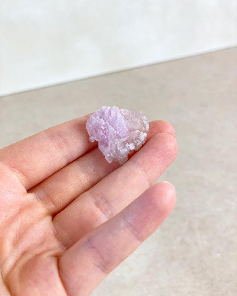 Růženín vzácné mini krystaly sbírkové Brazílie AAA kvalita