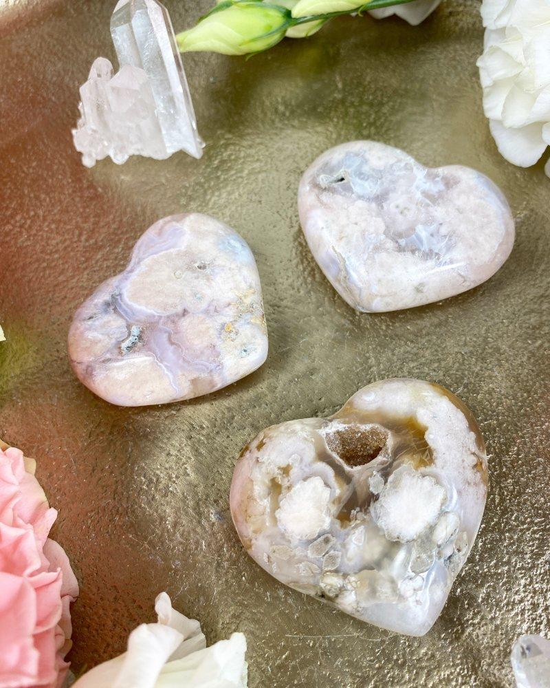 Broušené kamenné achátové srdce