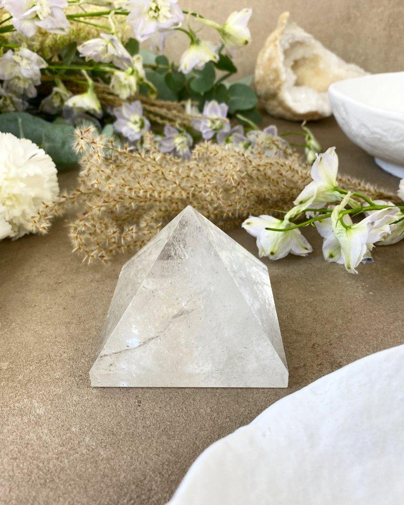 Křišťál pyramida velká broušená Brazílie 7cm