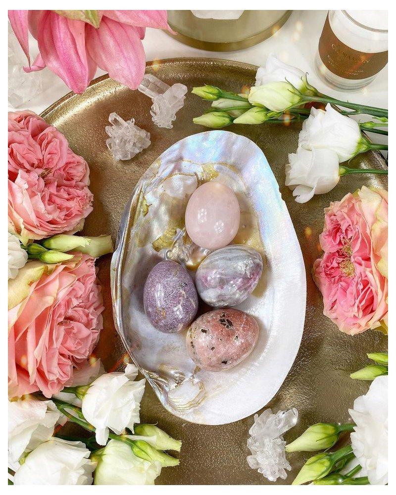 Yoni vajíčko z polodrahokamu fialový korund