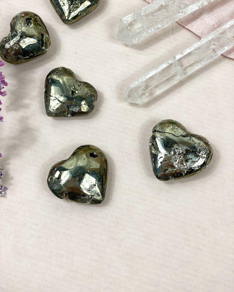 Drahé kameny pyrit srdce Peru