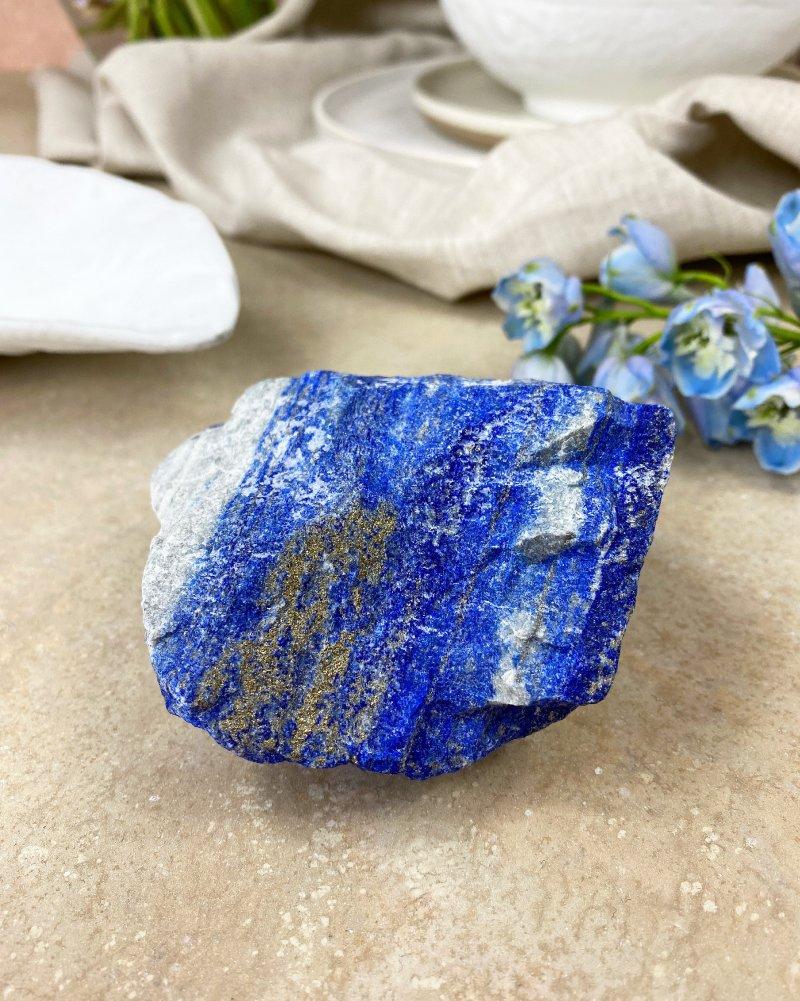 Luxusní lapis lazuli s pyritem surový AAA 426g