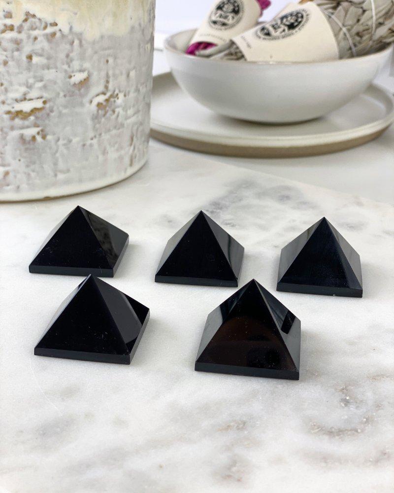 Obsidián pyramida AAA kvalita 3cm