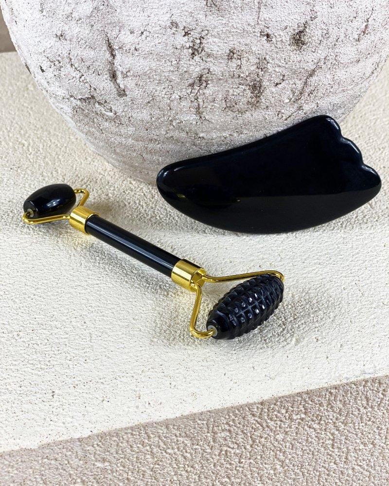 Face roller masážní váleček vroubkovaný z obsidiánu a gua sha