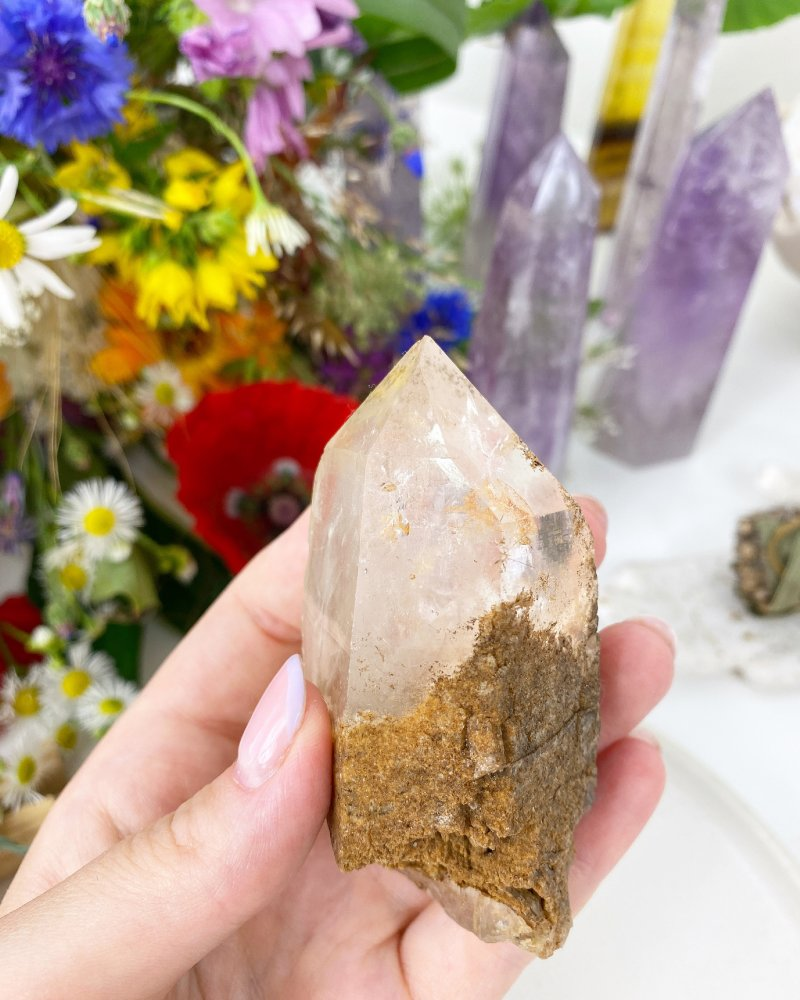Křišťálový krystal surový špice 81g