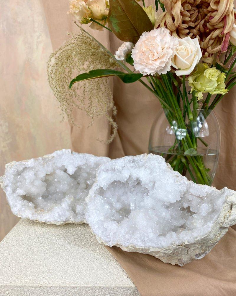 Geoda křišťál Maroko 13cm 1,14kg