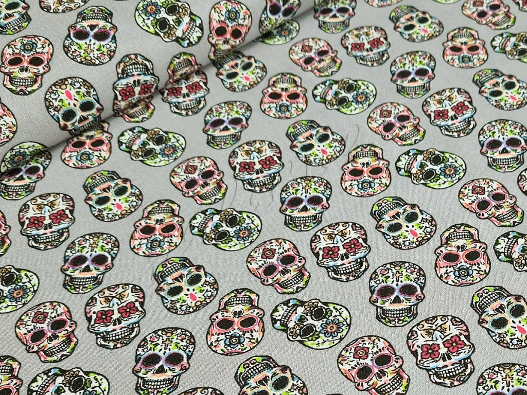 Bavlněné plátno - Květinové lebky na šedé