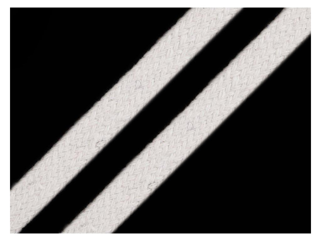 Oděvní šňůra plochá 8 mm - krémově bílá