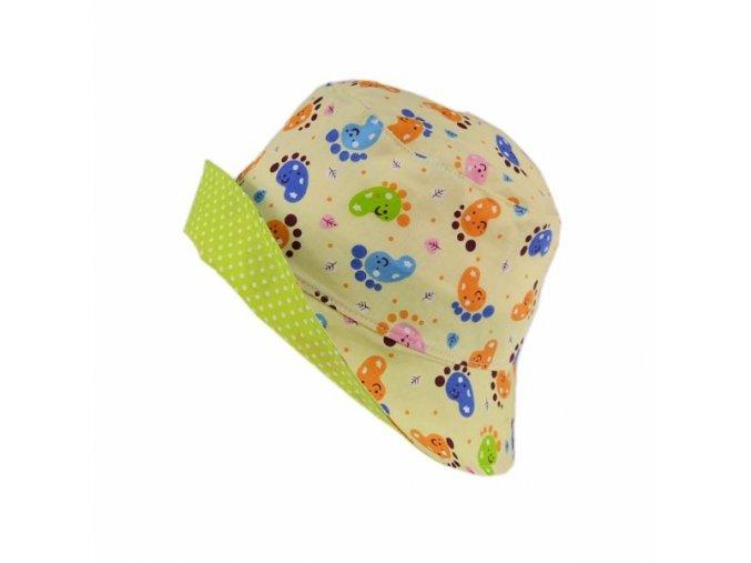 Letní klobouk stopy na sv. žluté