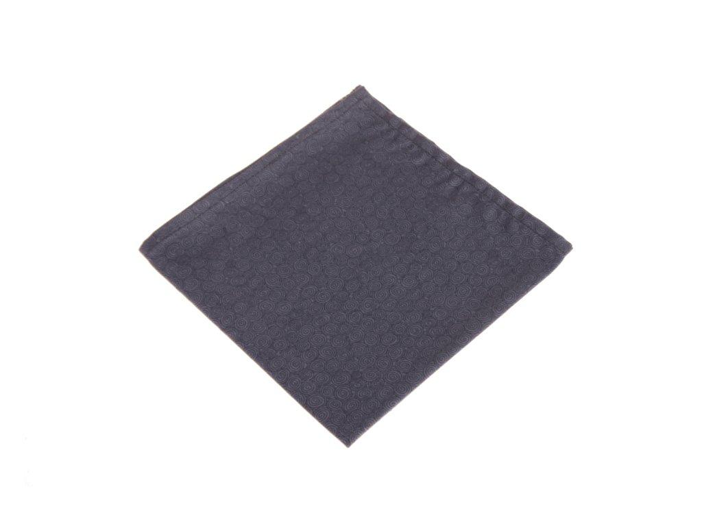 Modrý kapesníček s motivem spirálek