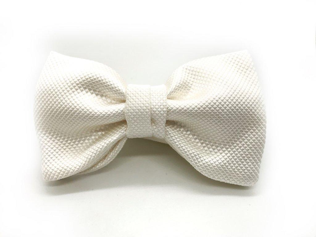 Bílý svatební motýlek z hedvábí Diamont 2