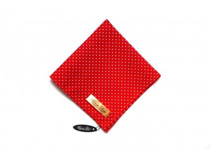 1835 cerveny kapesnicek s puntiky
