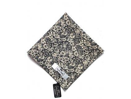 Černo bílý kapesníček do saka s květinovým vzorem