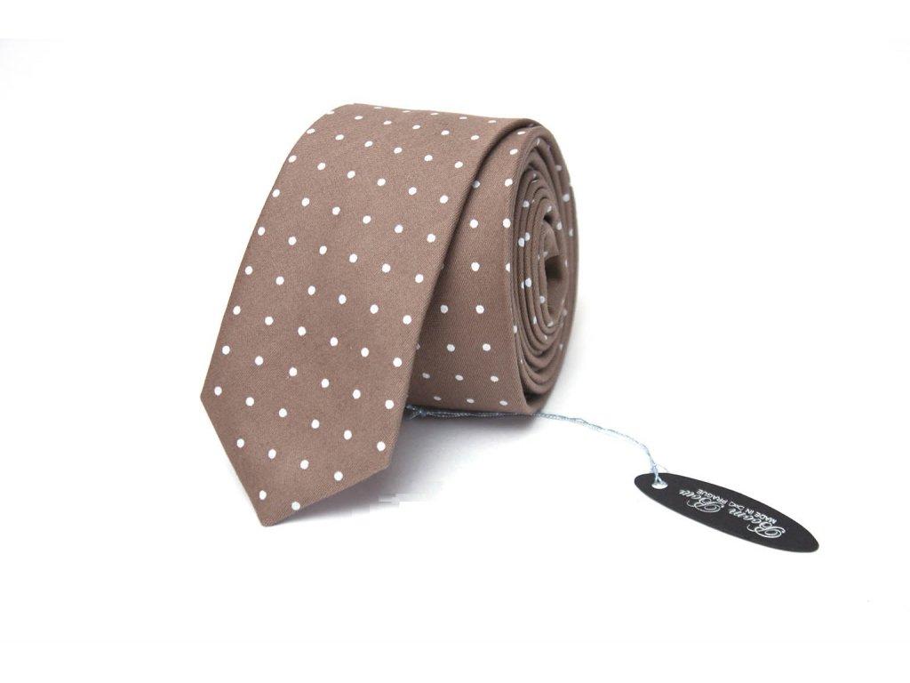 1577 4 hneda puntikovana kravata