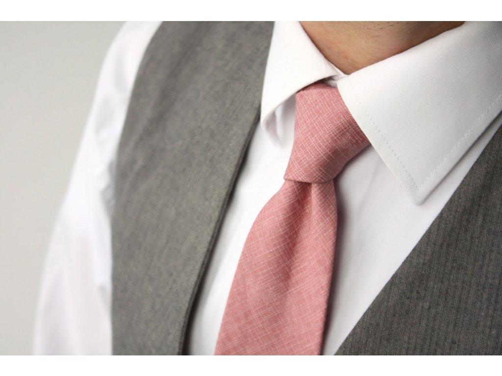 lososova kravata s jemnou texturou 01 1