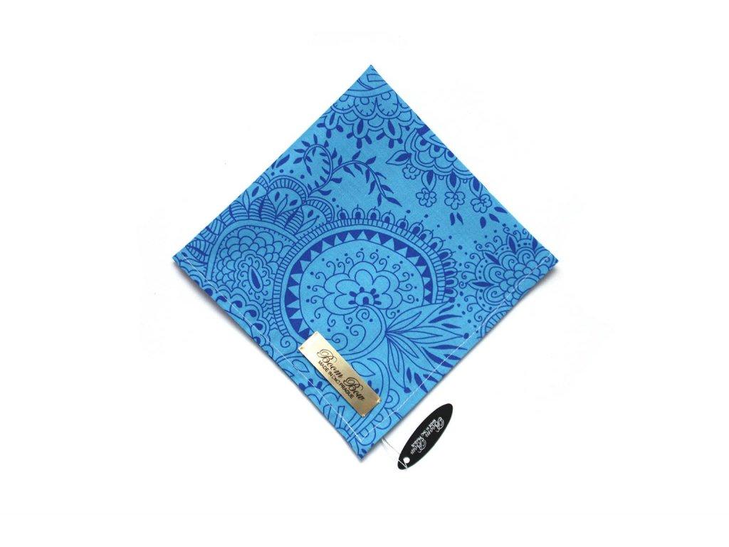 1517 modry bavlneny kapesnicek do kapsy s kvetinami